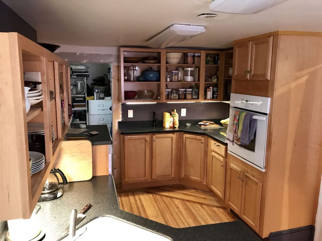 114 Warren St. – kitchen remodel complete